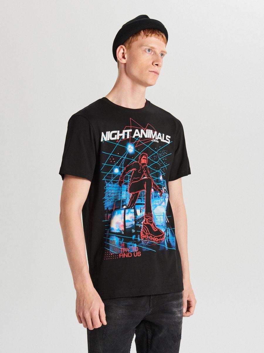 Tricou cu imprimeu mare - NEGRU - XB648-99X - Cropp - 1
