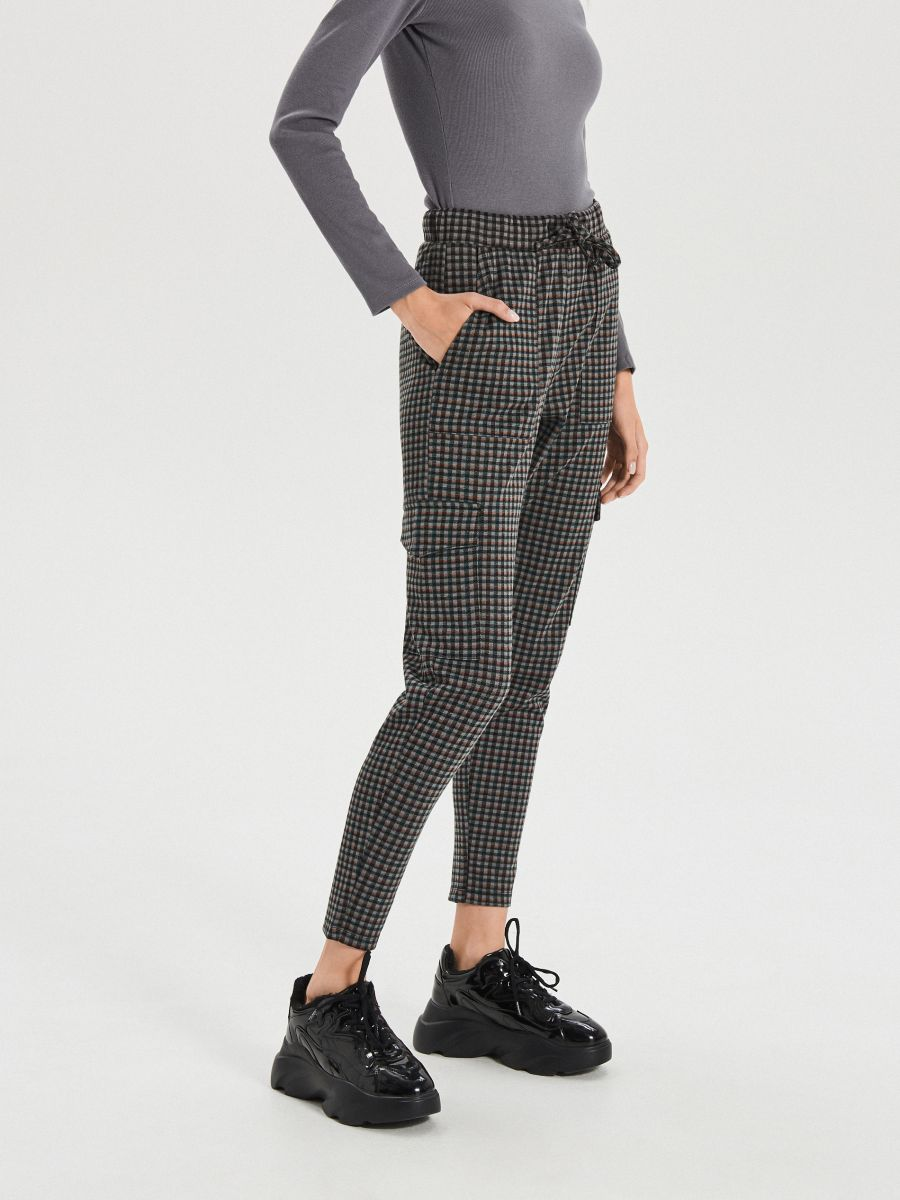 Pantaloni jogger în carouri mărunte - KAKI - XO709-78X - Cropp - 3
