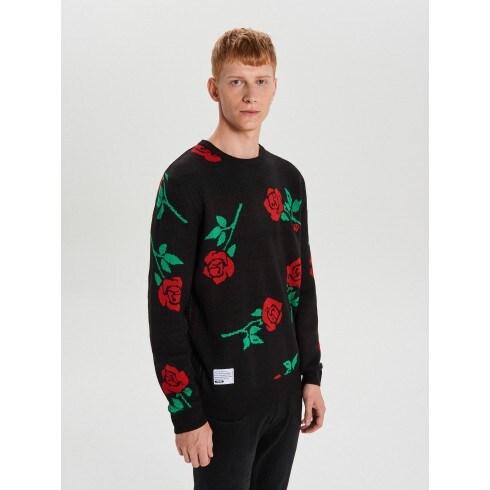 Pulover cu imprimeu cu trandafiri