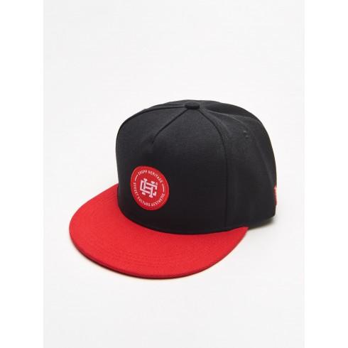 Șapcă snapback