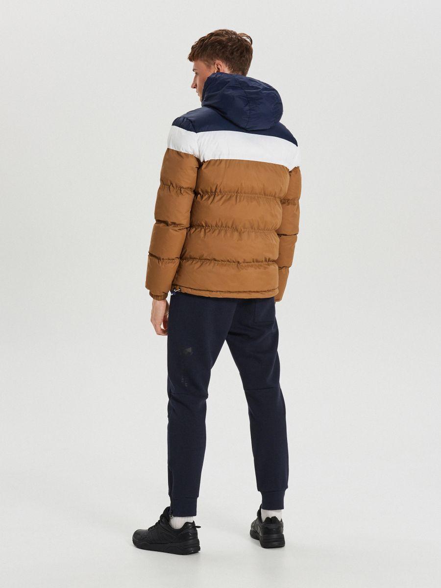 Téli dzseki kontrasztos színsávokkal - BARNA - WC155-82X - Cropp - 5