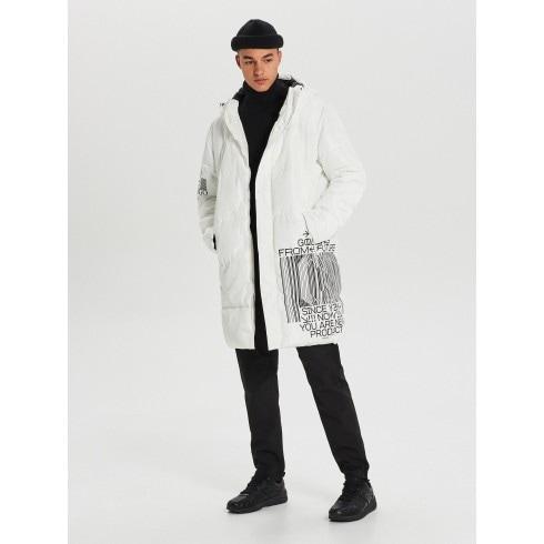 Steppelt kapucnis kabát