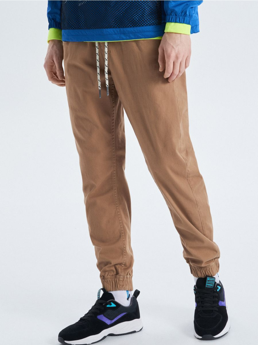 Stretch twill joggers - BEIGE - UW714-80X - Cropp - 2
