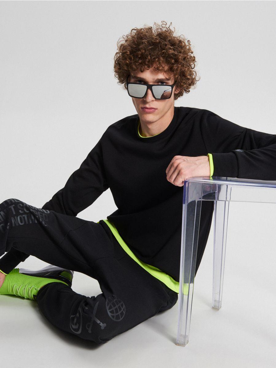 Basic sweatshirt - SCHWARZ - WB311-99X - Cropp - 1
