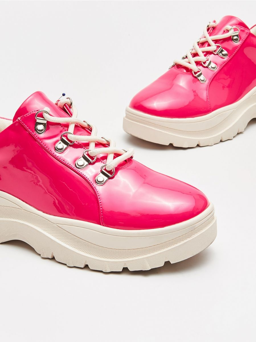 Thick-soled shoes - ROSA - WE865-43X - Cropp - 2