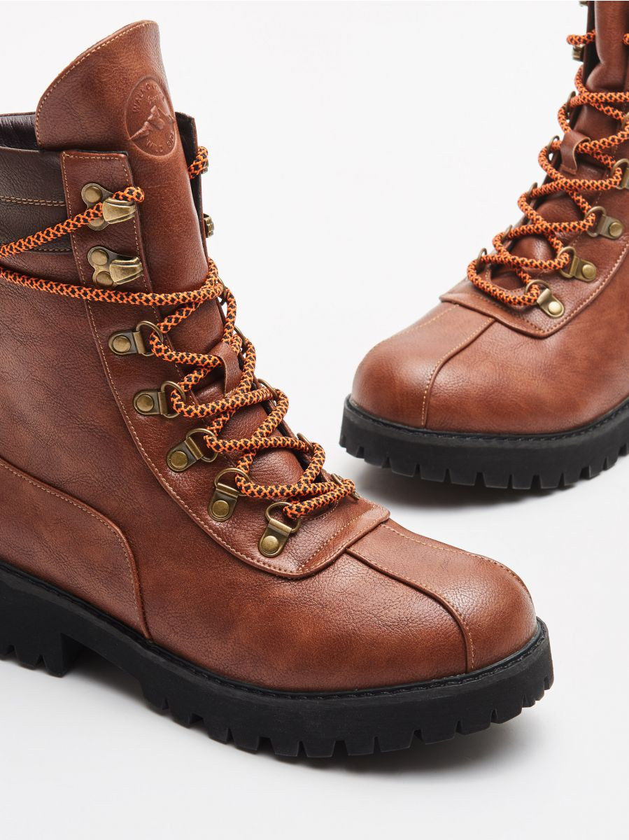 Lace up hiking boots - BRAUN - WE899-88X - Cropp - 2