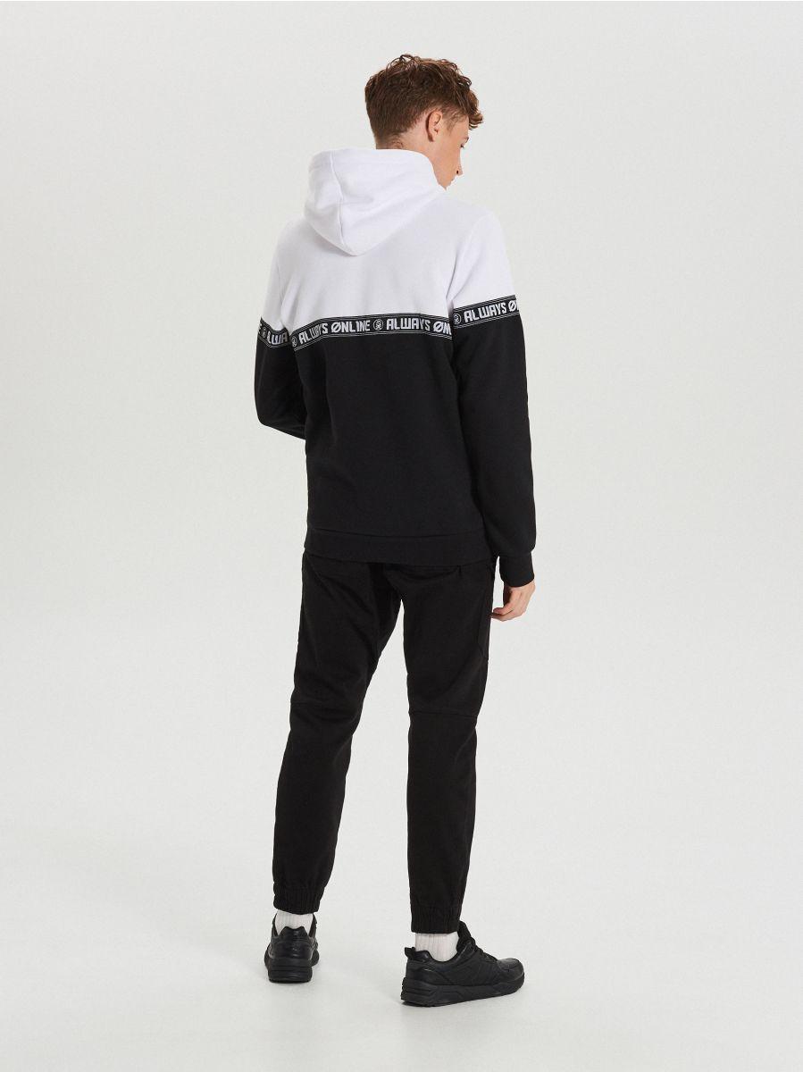 Black and white hoodie with print - SCHWARZ - YC290-99X - Cropp - 4
