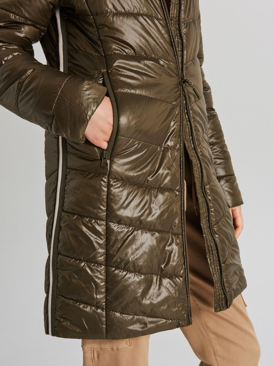 Hooded quilted jacket - KHAKIGRÜN - WB875-78X - Cropp - 4