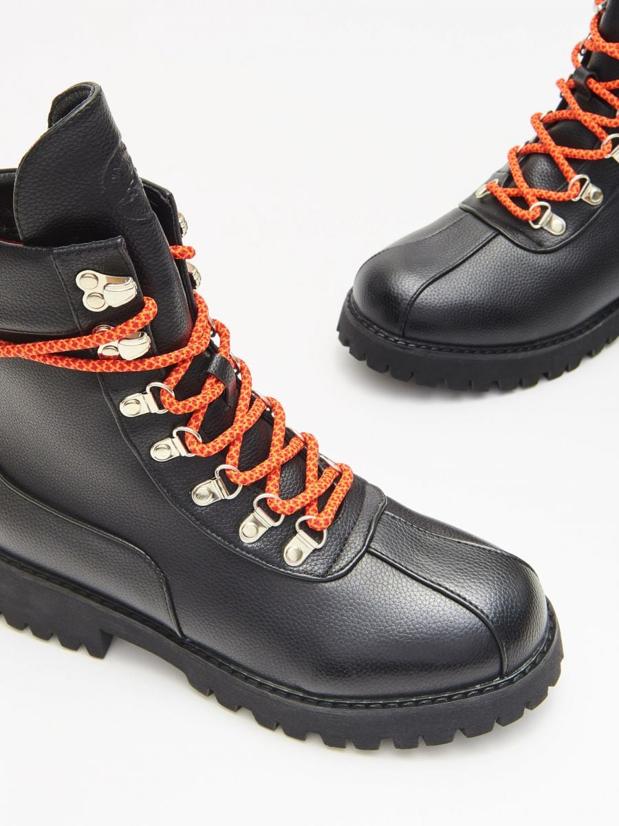 Lace up hiking boots - SCHWARZ - WE899-99X - Cropp - 2