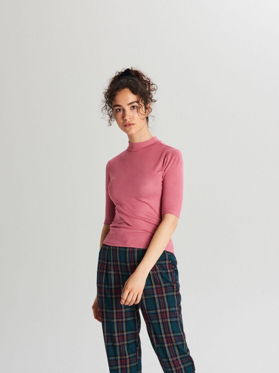 Plain turtle-neck blouse - BURGUNDROT - WH187-83X - Cropp - 3