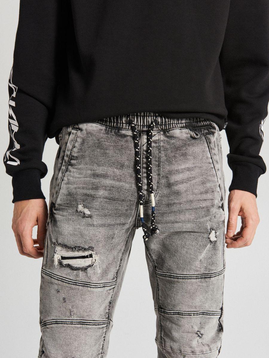 Jogger jeans with stitching - HELLGRAU - WP395-09J - Cropp - 3