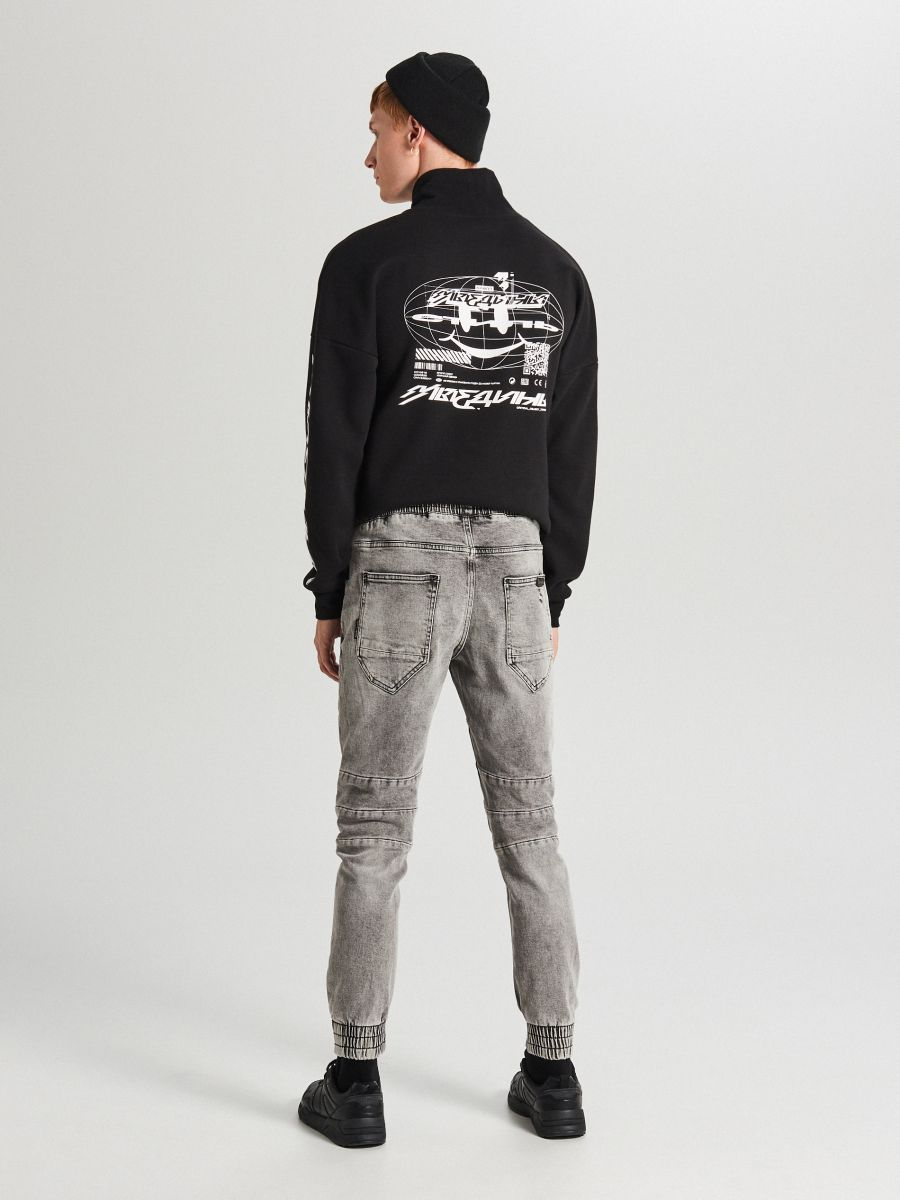 Jogger jeans with stitching - HELLGRAU - WP395-09J - Cropp - 4