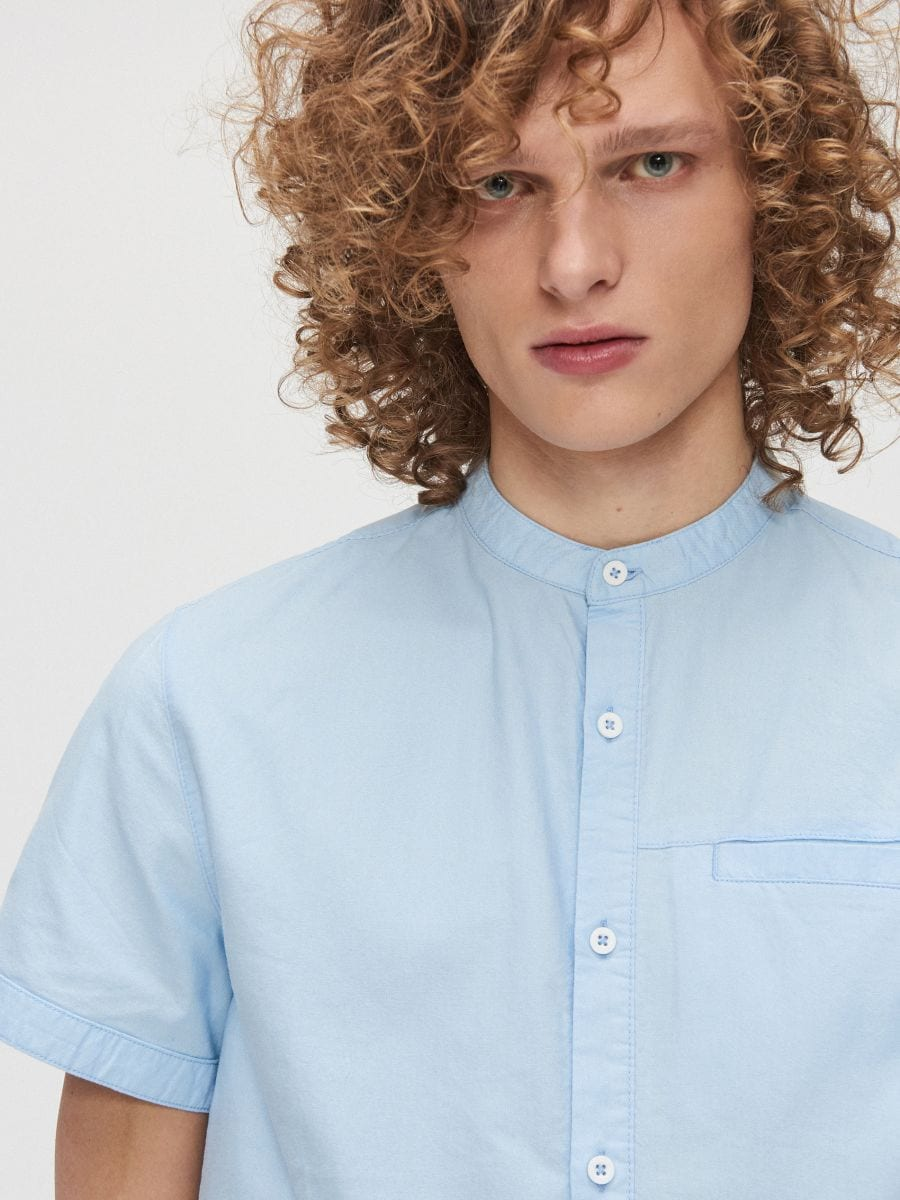 Cotton shirt with standing collar - BLAU - XT948-50X - Cropp - 2