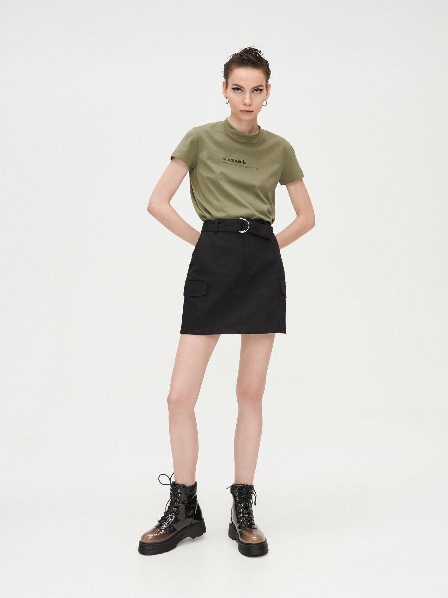 Basic stand up collar blouse - KHAKIGRÜN - XV981-78X - Cropp - 1