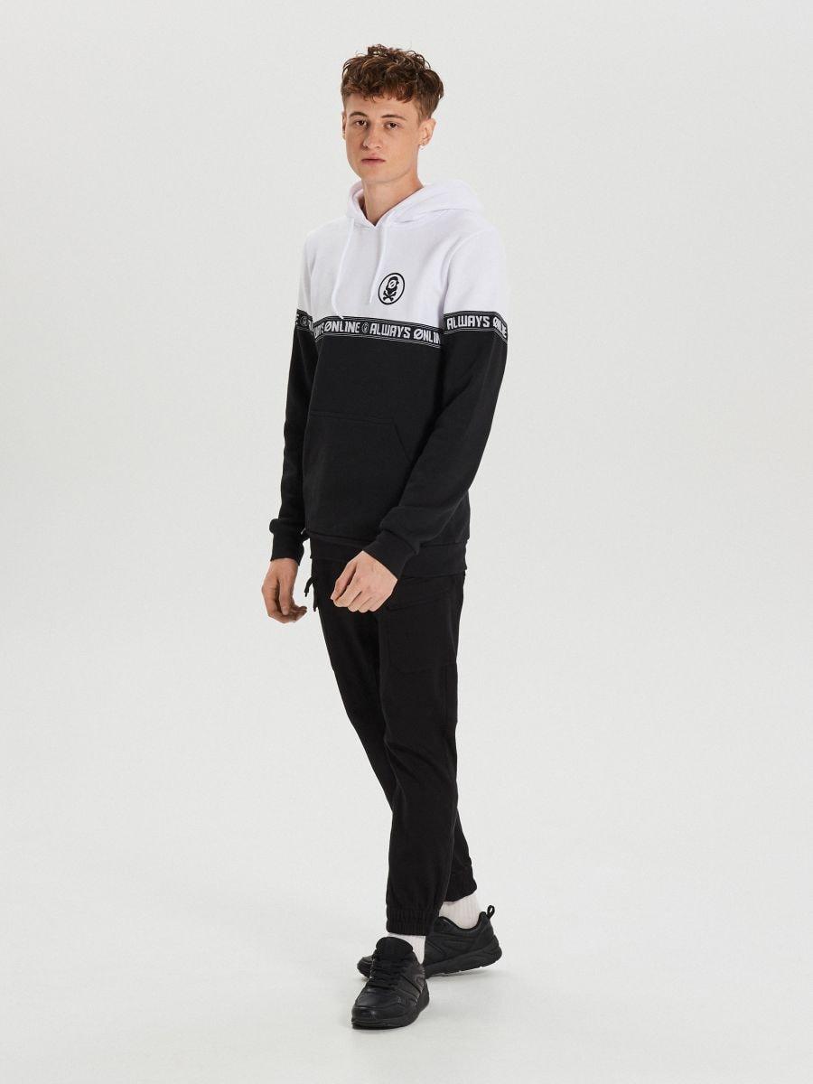 Black and white hoodie with print - SCHWARZ - YC290-99X - Cropp - 2