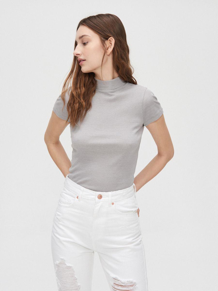 Rib knit blouse with stand up collar - HELLGRAU - YC845-09M - Cropp - 3