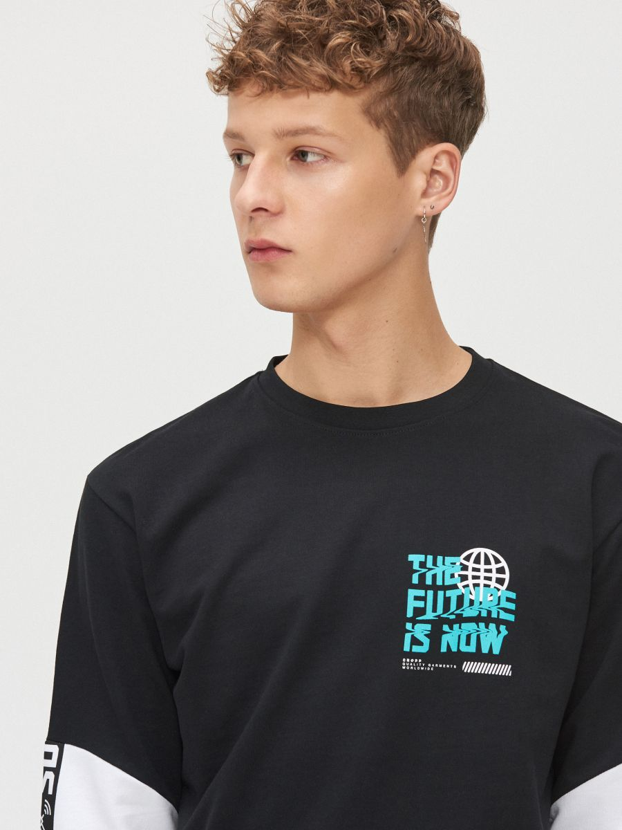 T-shirt with contrasting sleeves - SCHWARZ - YG154-99X - Cropp - 2