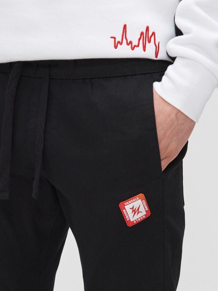 Sweat jogging pants - SCHWARZ - YH163-99X - Cropp - 3