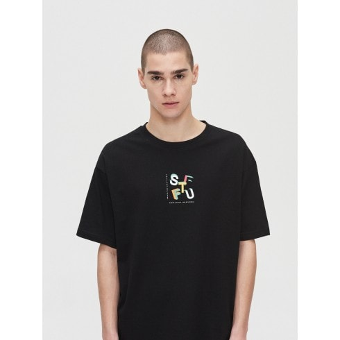 T-shirt with print on the back