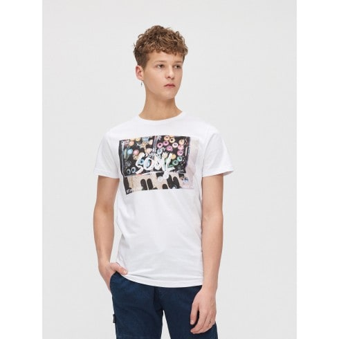 T-shirt with colourful print