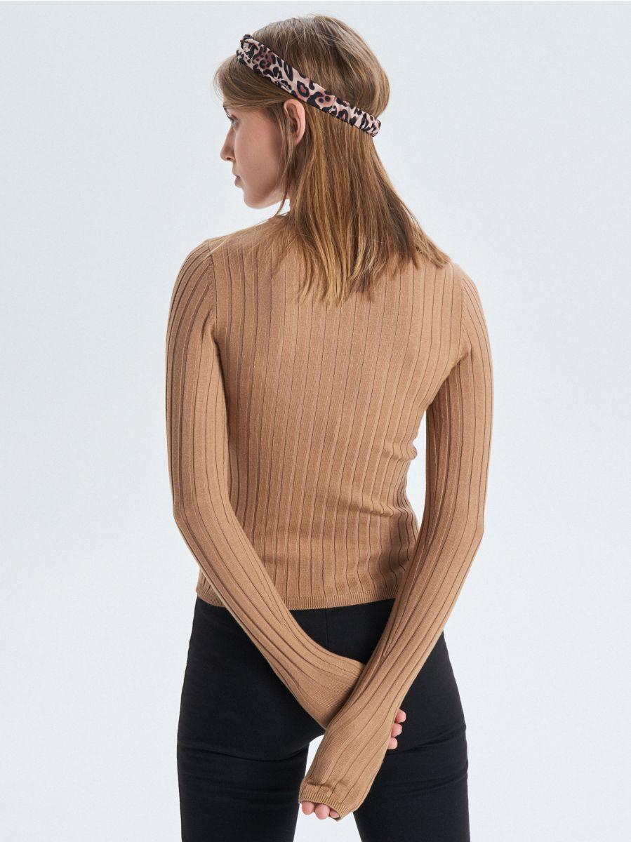 Prążkowany sweter - BEŻOWY - VC042-08X - Cropp - 4