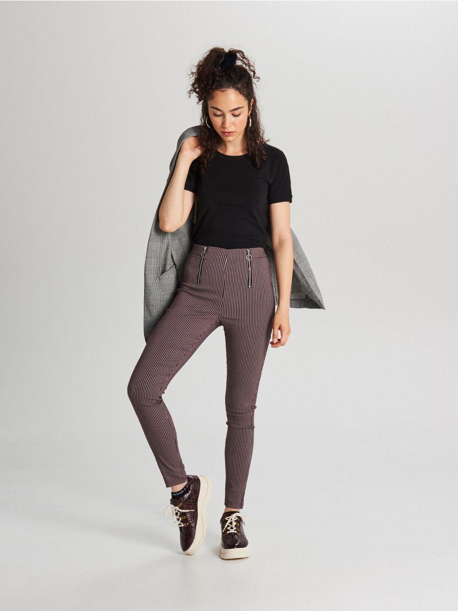 Spodnie high waist z zamkami - BORDOWY - WC049-83X - Cropp - 1