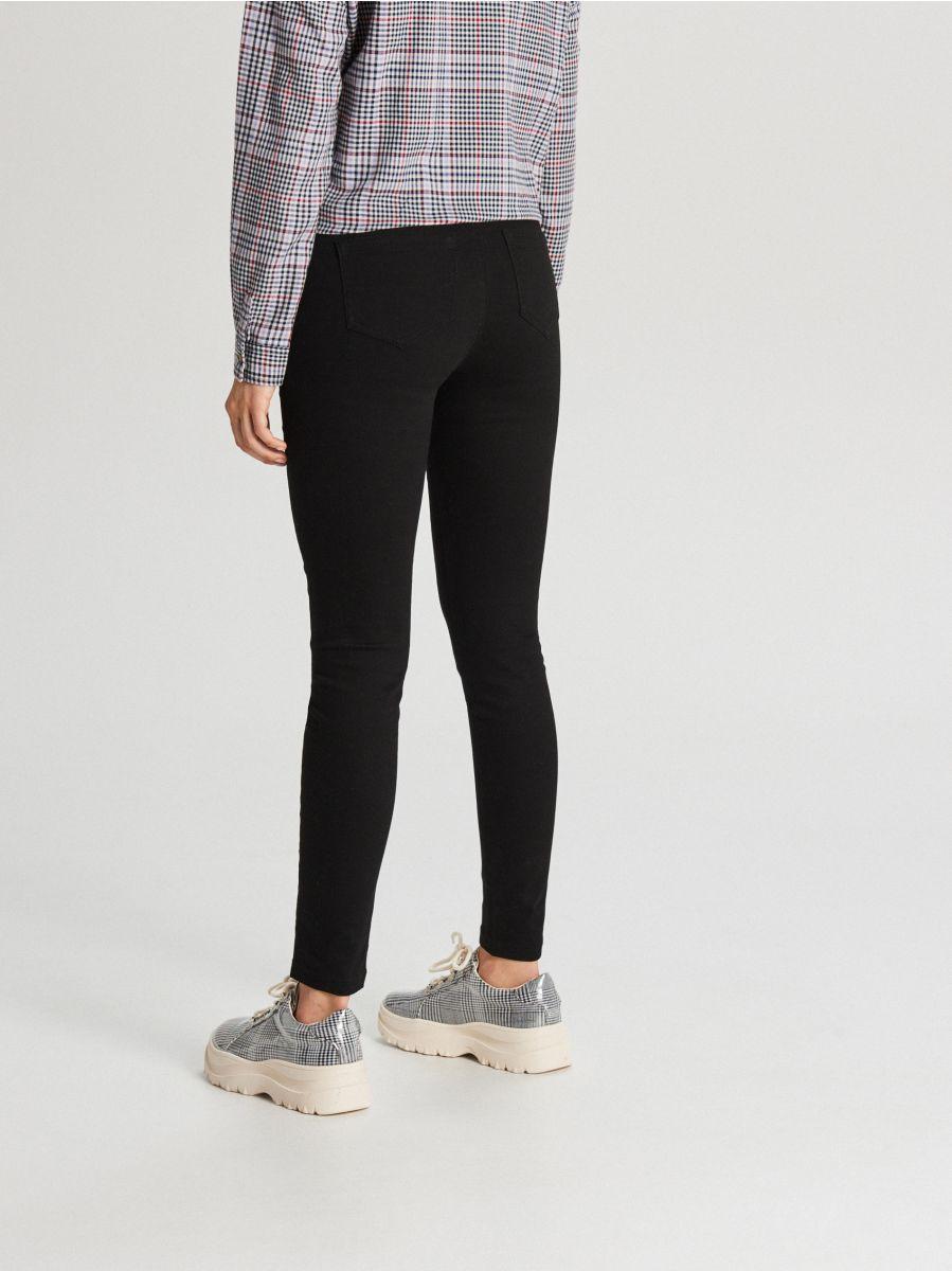 Spodnie z wysokim stanem - CZARNY - WC769-99X - Cropp - 3