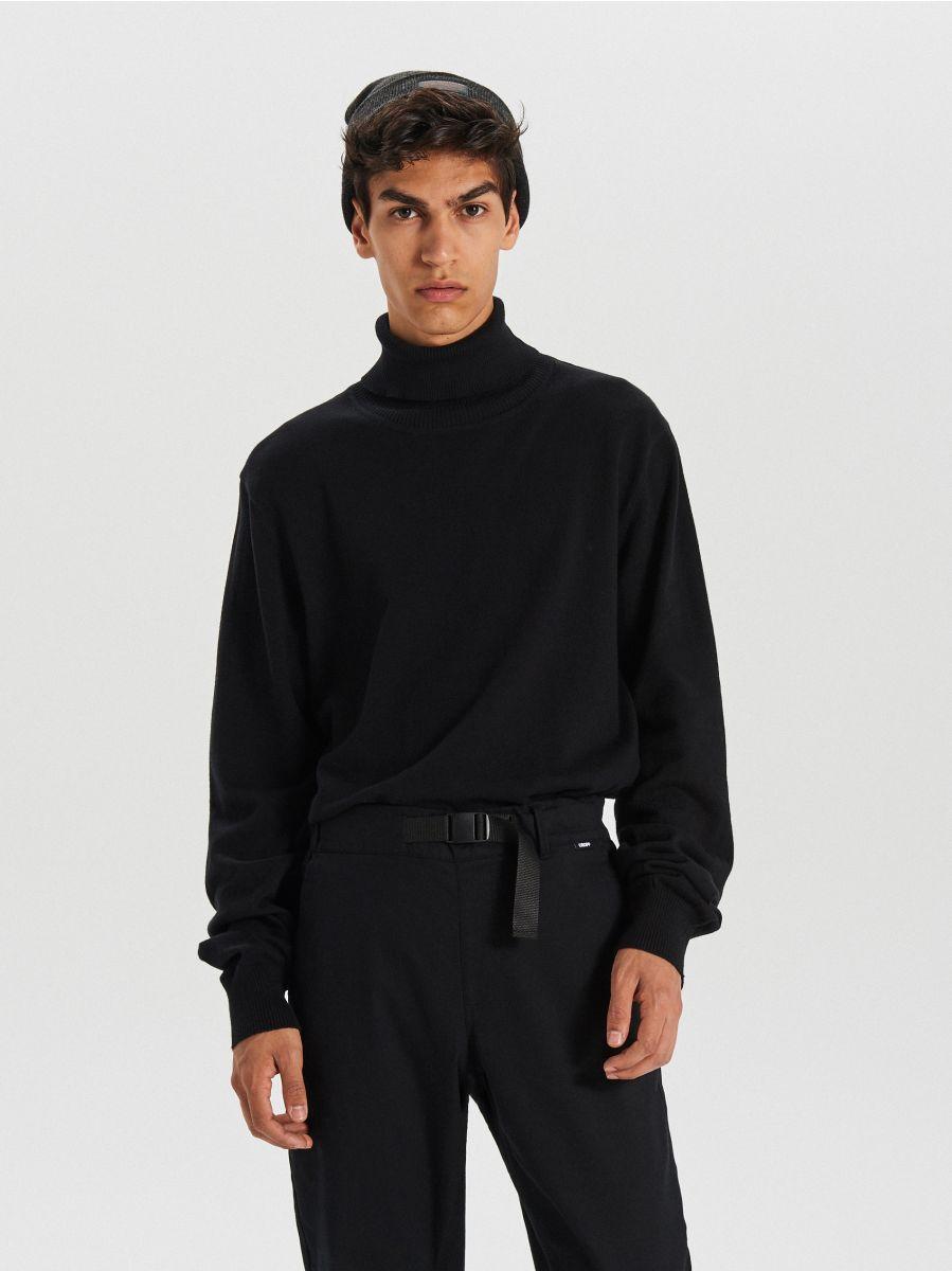 Sweter z golfem - CZARNY - WG357-99X - Cropp - 1