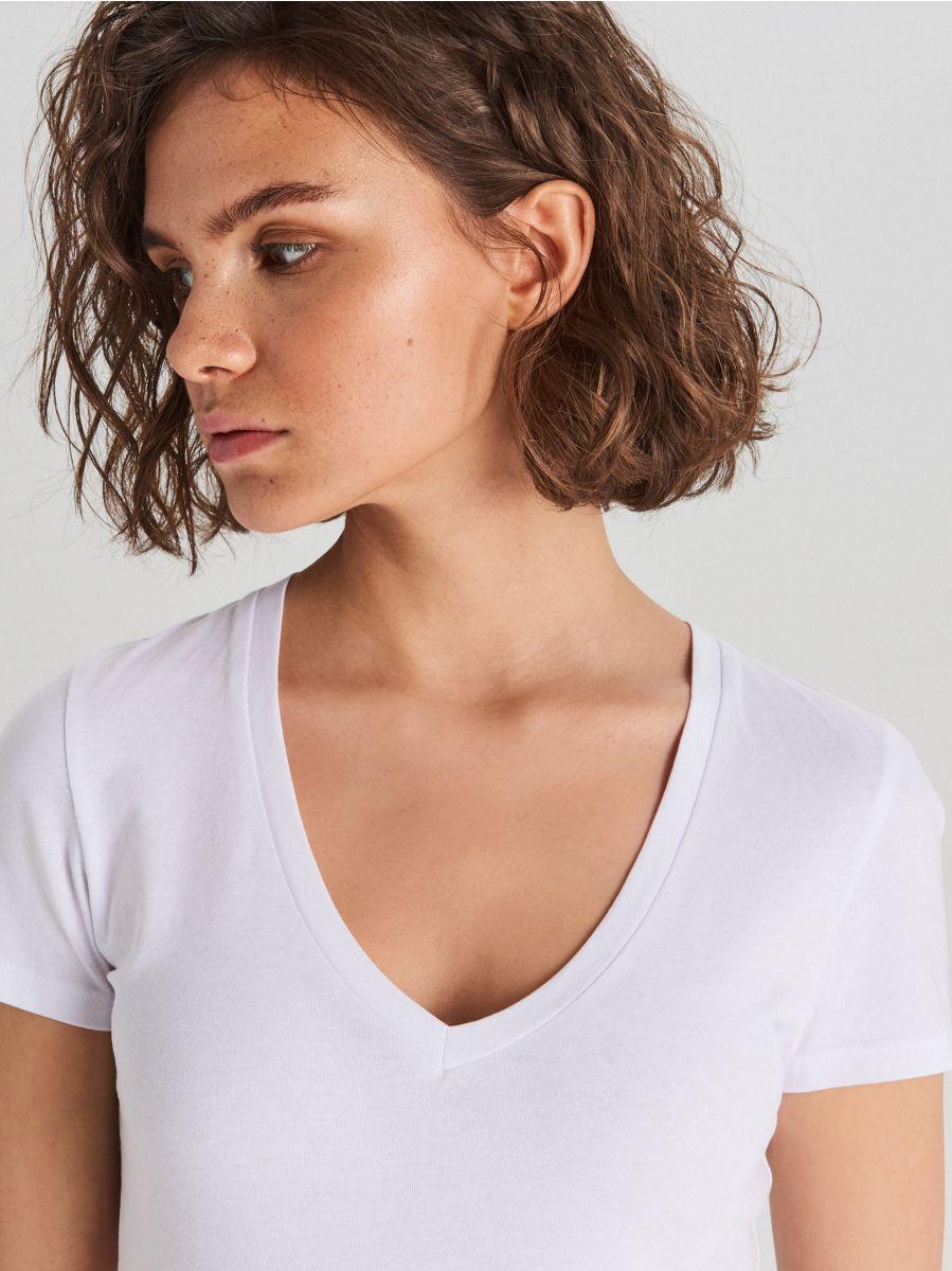 Gładka koszulka V neck - BIAŁY - WH168-00X - Cropp - 2