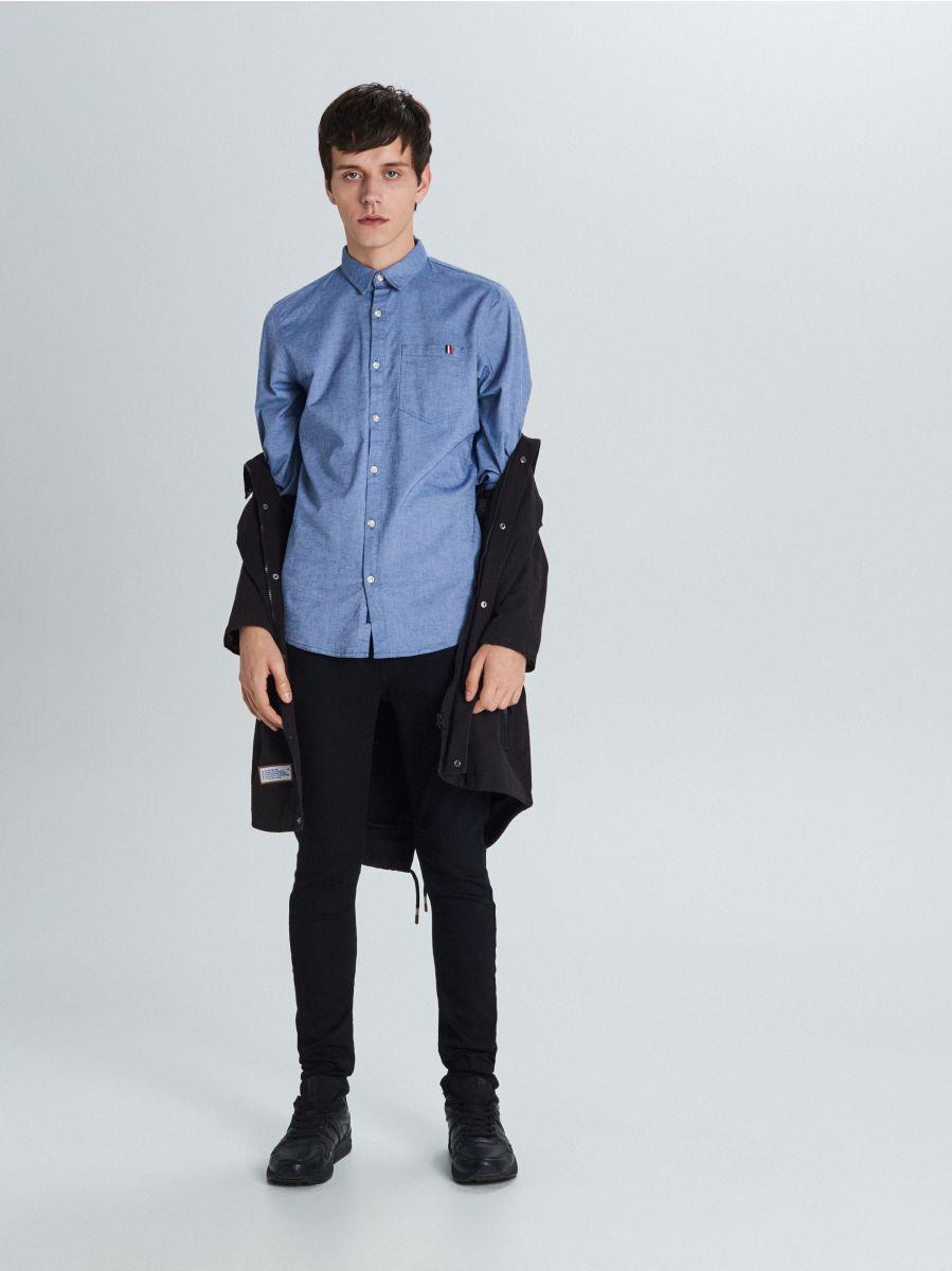 Koszula slim z kieszenią - NIEBIESKI - WI200-55X - Cropp - 3