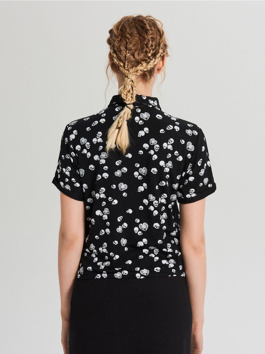 Koszula z krótkim rękawem all over - CZARNY - WS792-99M - Cropp - 3