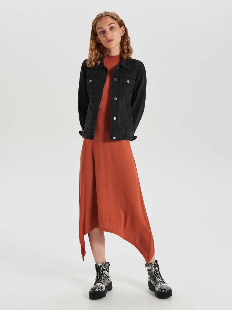 Asymetryczna sukienka midi - BORDOWY - WY842-92X - Cropp - 2