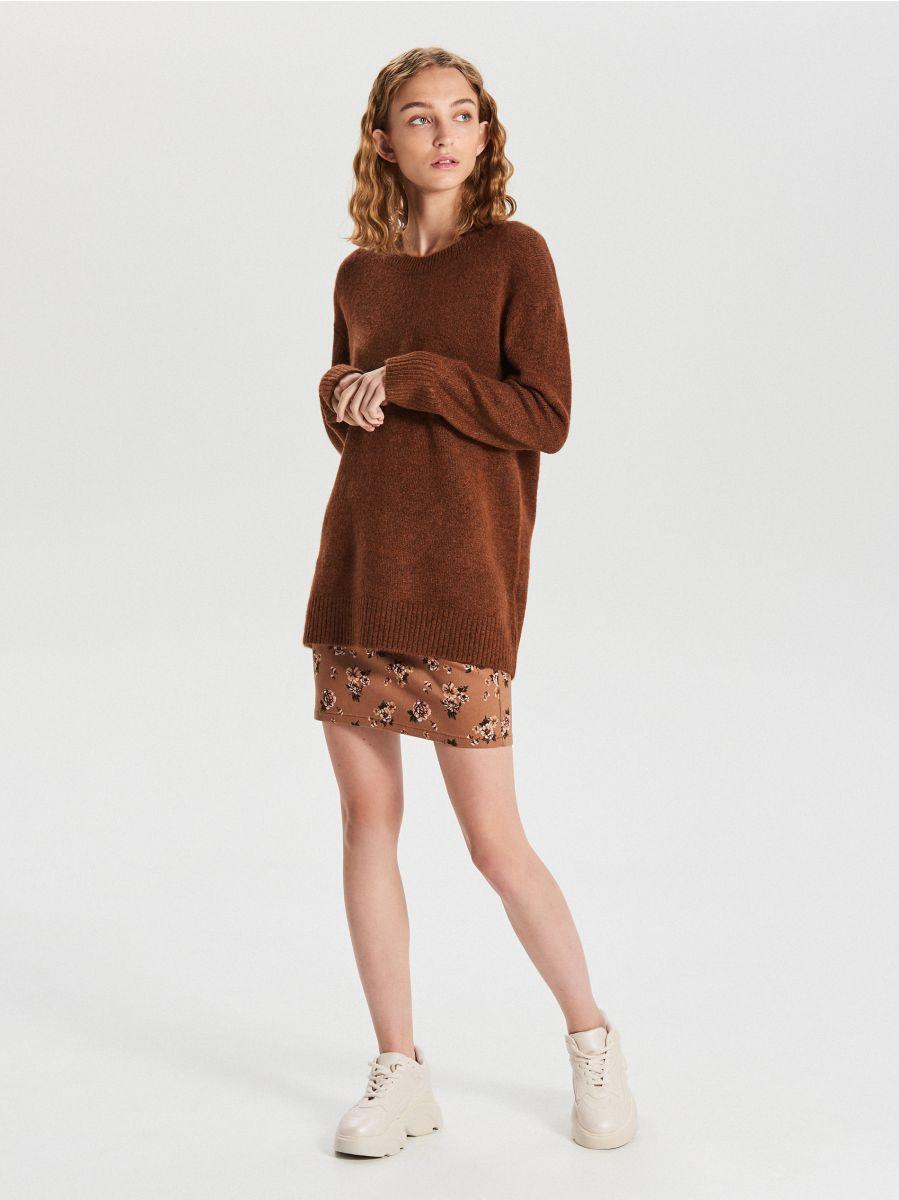 Gładki sweter oversize - BORDOWY - XB291-88M - Cropp - 3