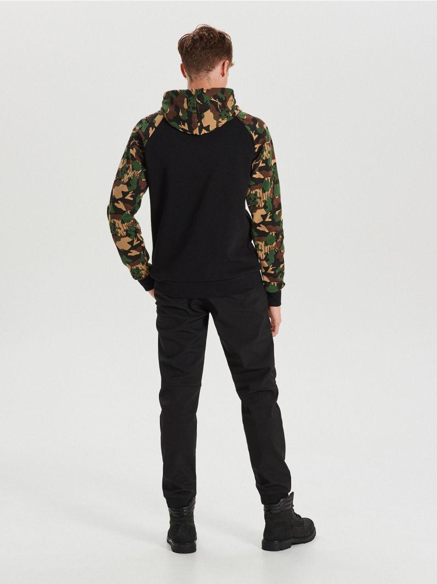 Bluza z kapturem - CZARNY - YB137-99X - Cropp - 4
