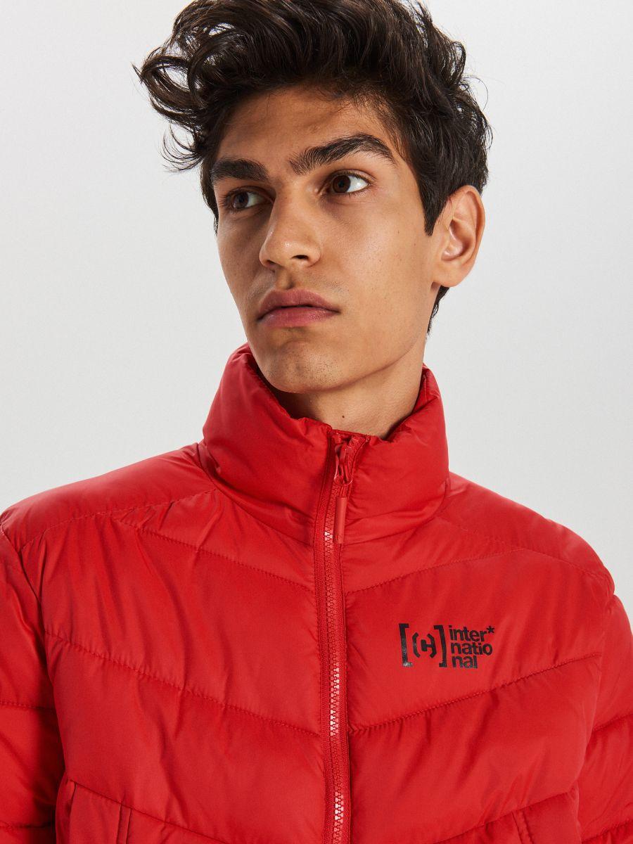 Pikowana kurtka na zimę - CZERWONY - WA079-33X - Cropp - 3