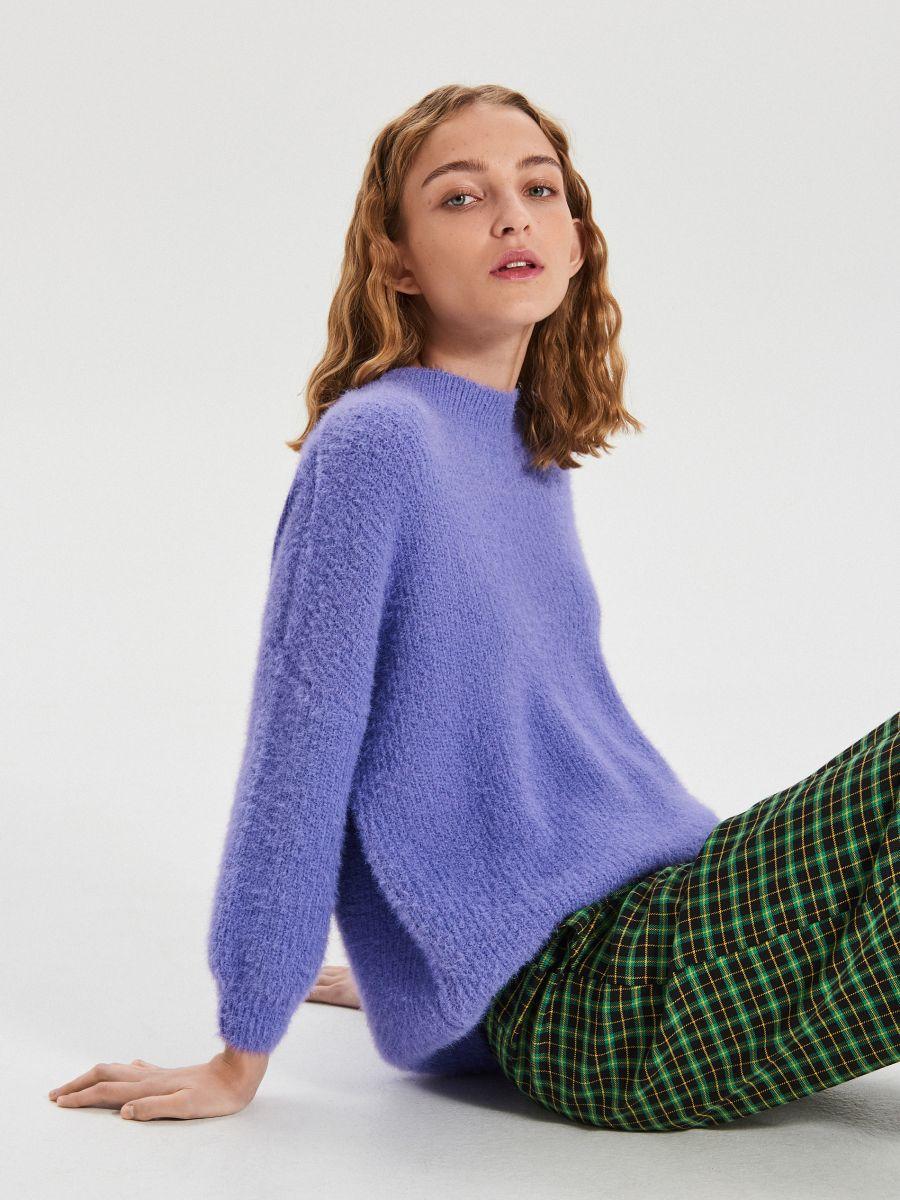 Puszysty sweter - NIEBIESKI - WB898-54X - Cropp - 3