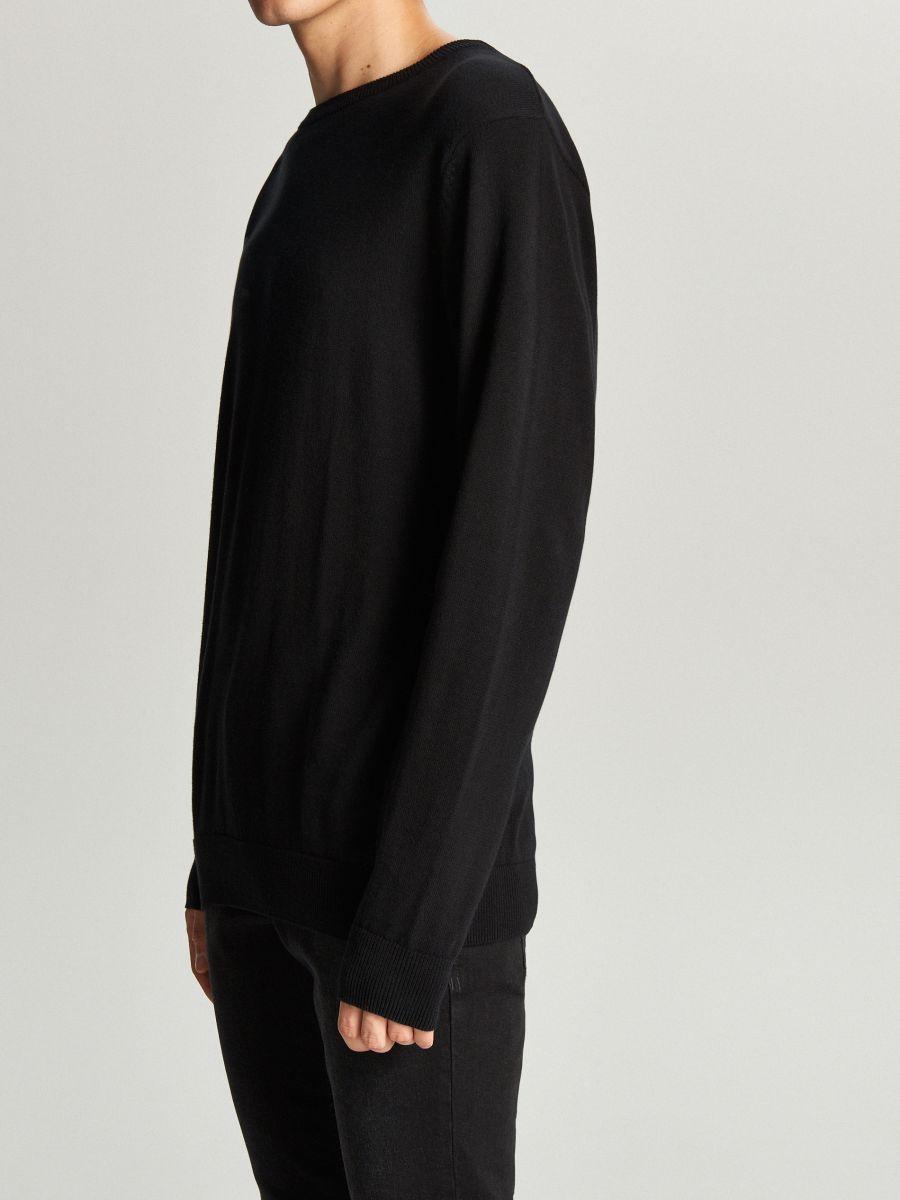 Prosty sweter o kroju basic - CZARNY - WC052-99X - Cropp - 3