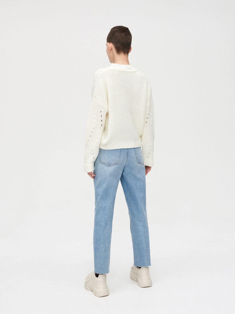 Sweter z ozdobnym splotem - KREMOWY - WC869-01X - Cropp - 4