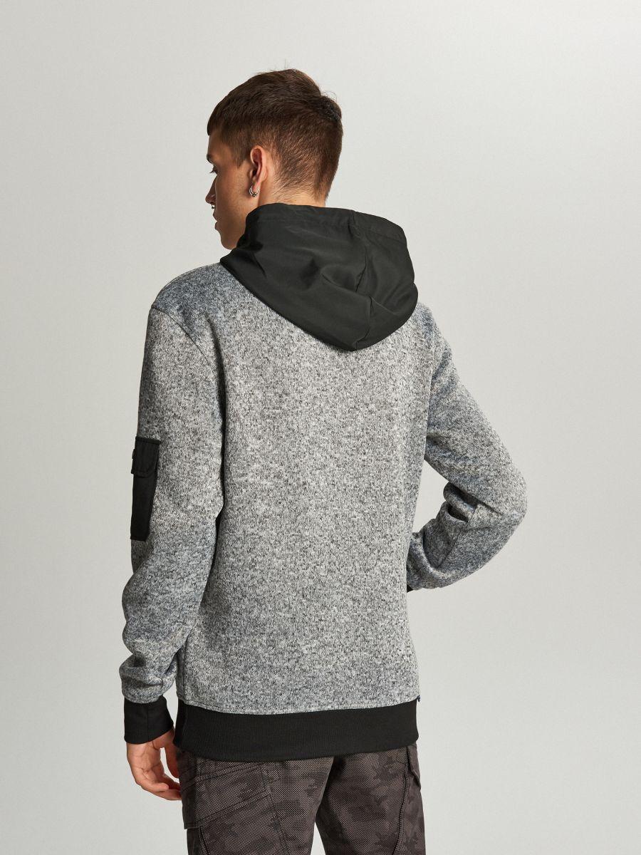 Sweter z kapturem o sportowym kroju - JASNY SZARY - WE552-09M - Cropp - 2