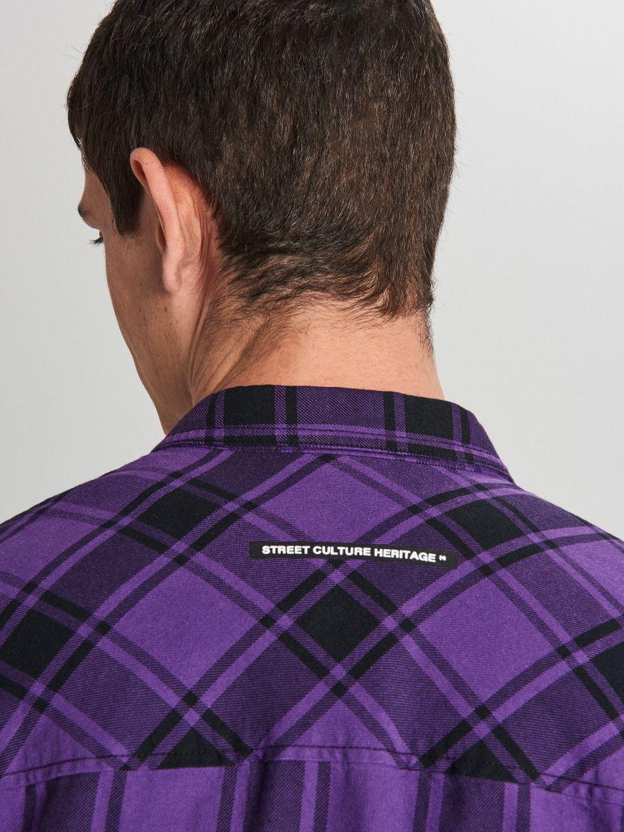 Długa koszula z zamkami - FIOLETOWY - WF529-44X - Cropp - 5
