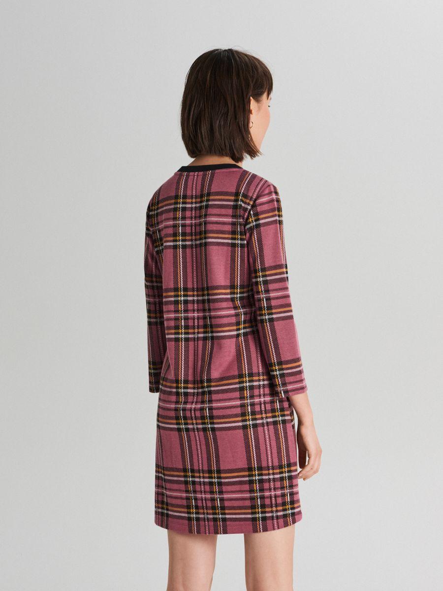 Sukienka w kratę - FIOLETOWY - WF670-34X - Cropp - 4