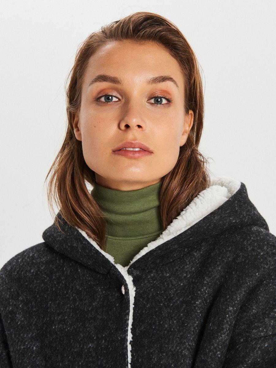 Dłuższy płaszcz z kapturem - SZARY - WG310-90M - Cropp - 3