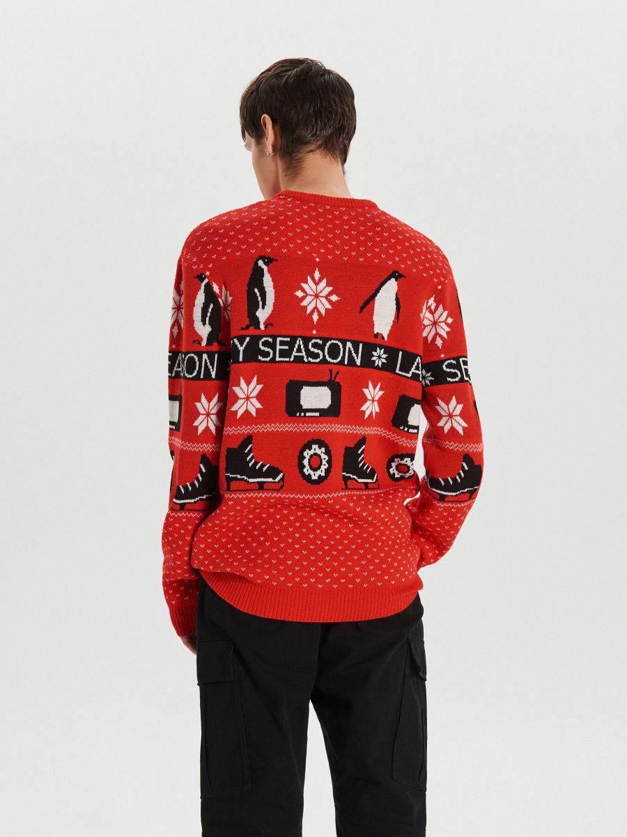 Sweter z zimowym motywem - CZERWONY - WG374-33X - Cropp - 6