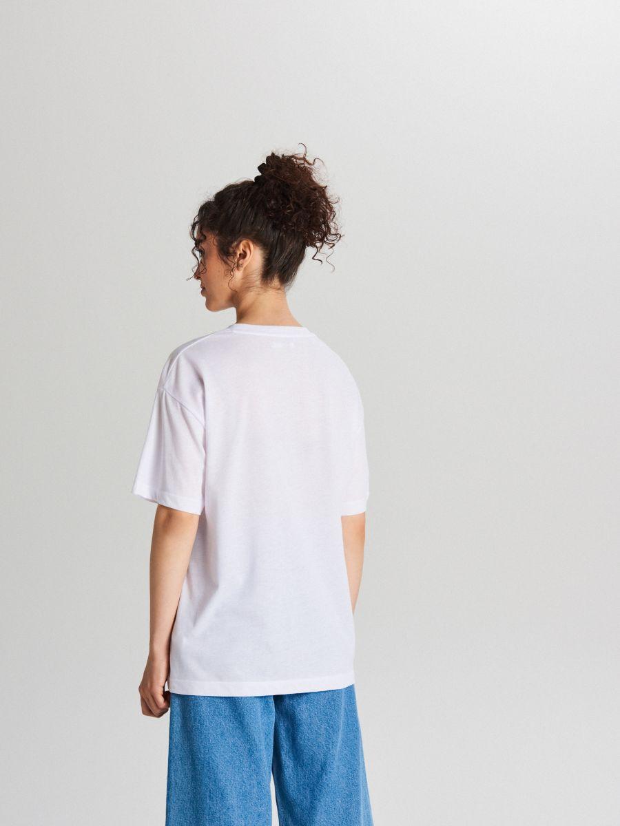 Koszulka z napisem - BIAŁY - WH183-00X - Cropp - 3