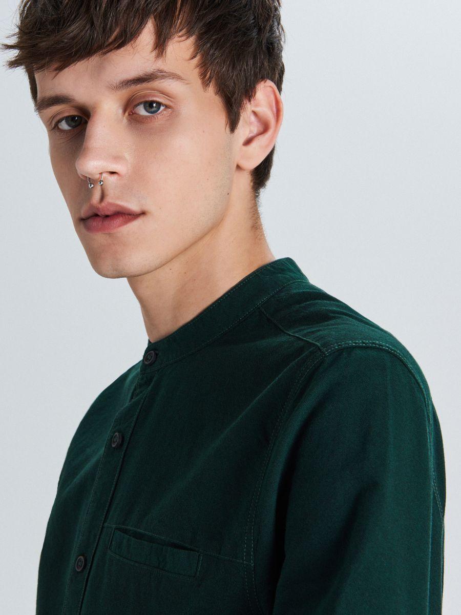 Gładka koszula typu collar band - KHAKI - WI201-79X - Cropp - 3