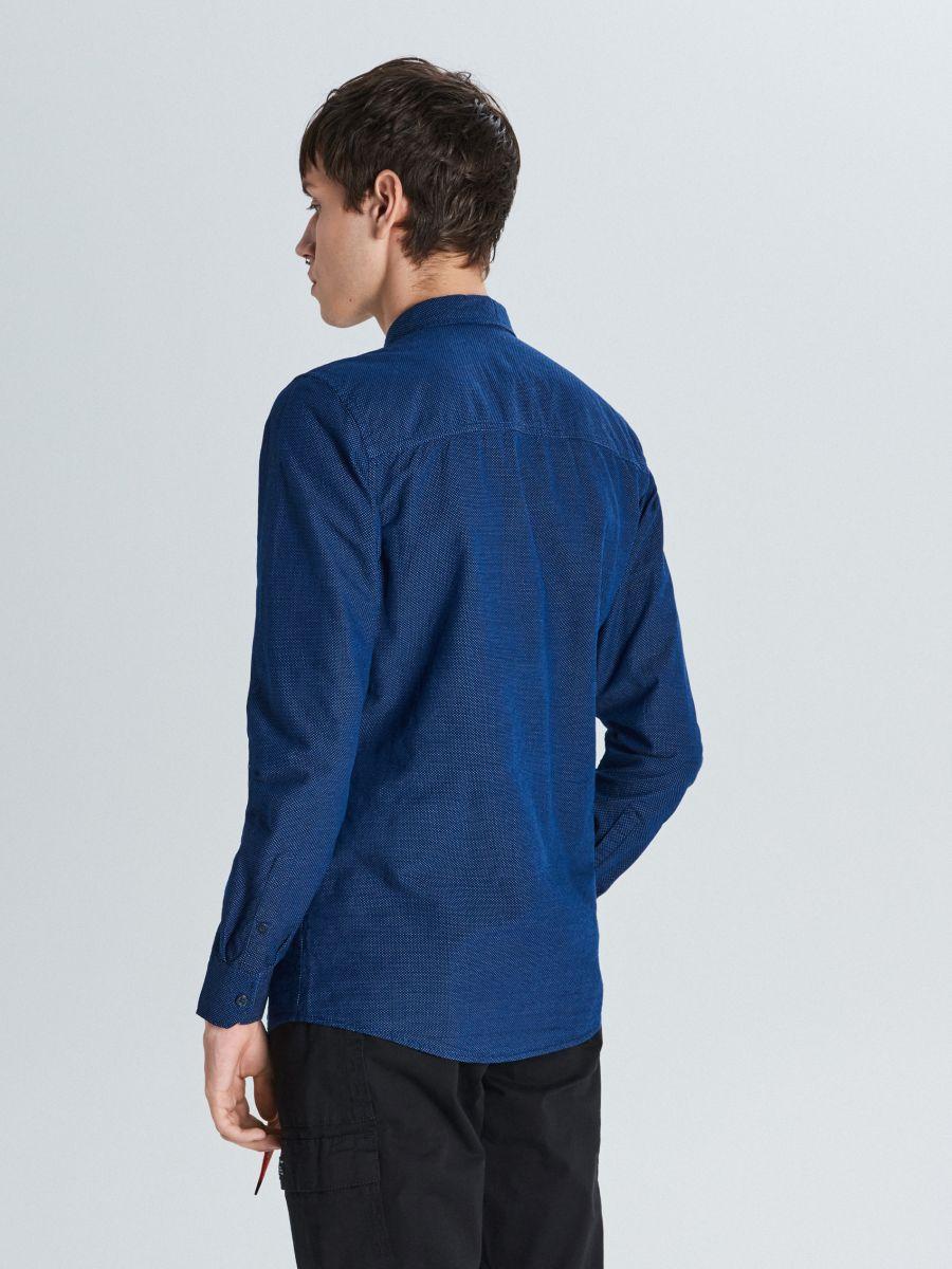 Koszula slim z kontrastowymi mankietami - GRANATOWY - WI203-59X - Cropp - 4