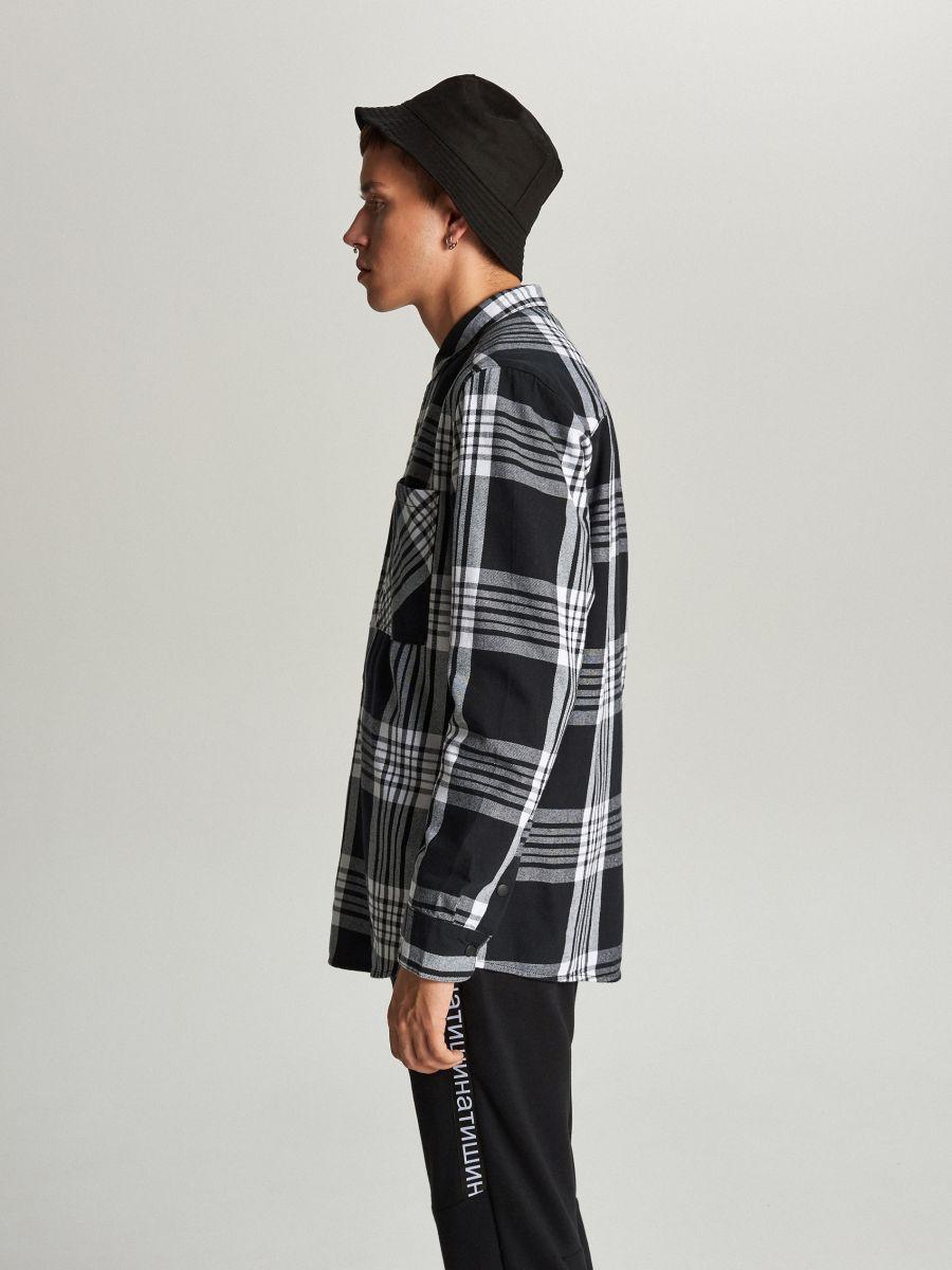 Koszula w kratę - CZARNY - WI205-99X - Cropp - 3
