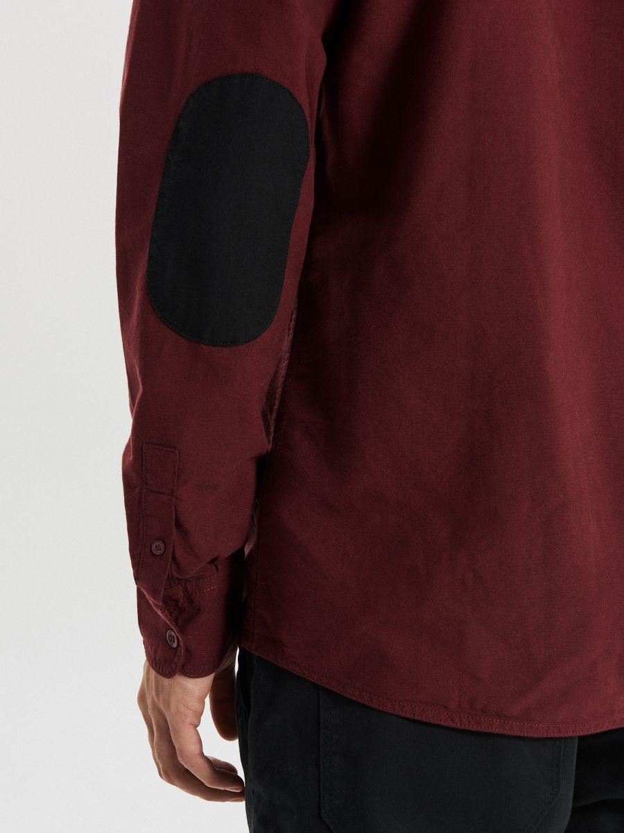 Gładka koszula o kroju slim - BORDOWY - WI222-83X - Cropp - 4