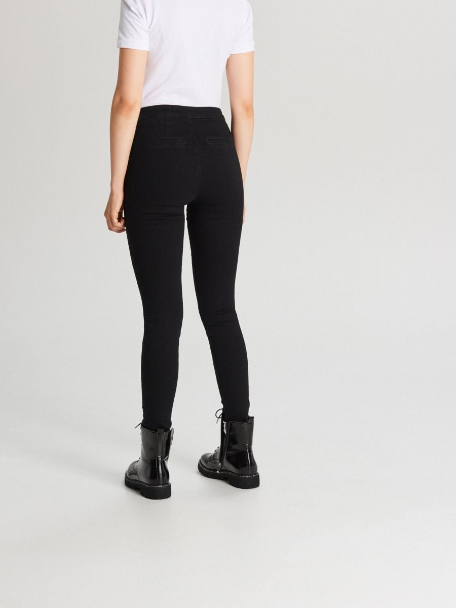 Jeansy skinny z zamkami - CZARNY - WI379-99J - Cropp - 3