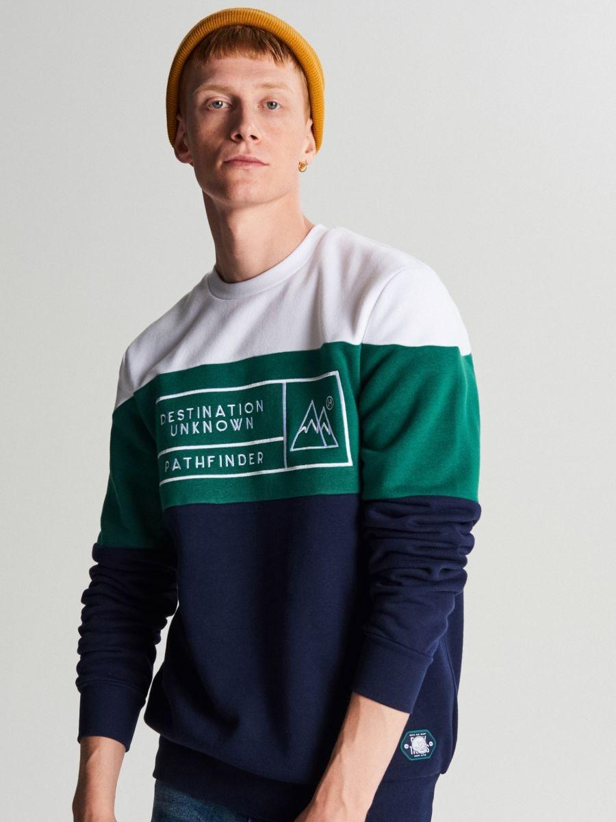 Trójkolorowa bluza z nadrukiem - GRANATOWY - WR632-59X - Cropp - 5
